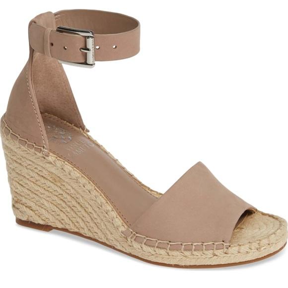c949ed05ec7 Vince Camuto Leera Wedge Sandal Size 8.5. M 5c6a2174194dadd51812d527